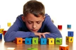 Ho in classe un bambino con autismo. Come mi relaziono?
