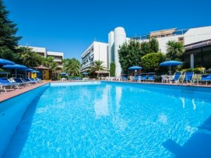 hotel_paradiso_