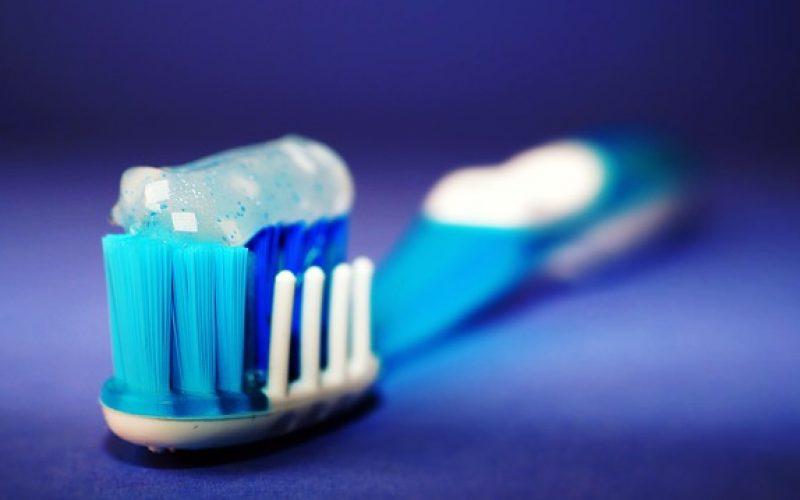 La cura dei dentini: come lavarli