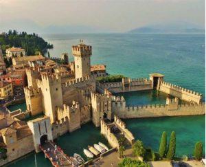 Sirmione: ville e fortezze sul Lago di Garda @ ritrovo Grand Hotel Terme Sirmione
