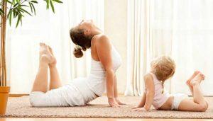 Yoga mamma-bimbo/bimba @ Circolo Yoga Kalidurga