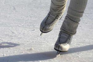 Spettacoli di Natale sul ghiaccio @ pista ghiaccio Outlet Village
